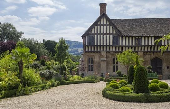 Brockworth Court Garden