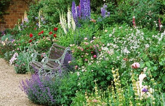 Broughton Castle Garden near Banbury