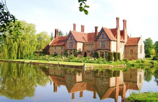 Elsing Hall Garden