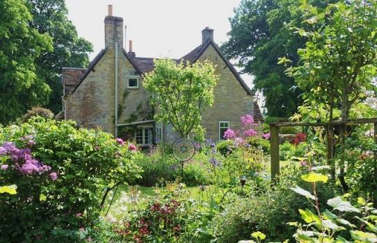 Hookshouse Pottery Garden