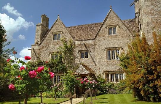 Kelmscott Manor Garden