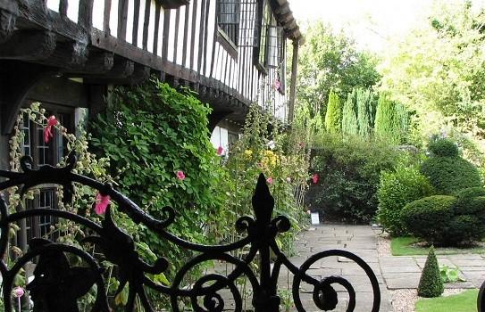 St Marys Bramber Garden
